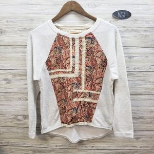 Comme Toi Gray Paisley and Lace Long Sleeve Top